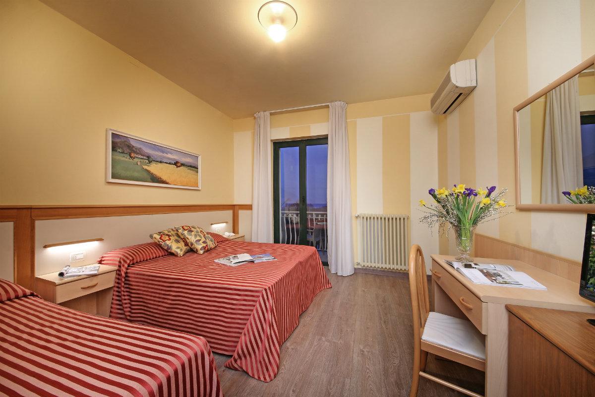 Hotelzimmer 3 Sterne Hotel am Gardasee, Salò Hotel Panoramica
